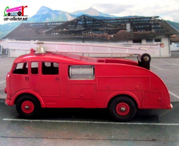 COMMER FIRE ENGINE 1948 DINKY SUPERTOYS 1/43