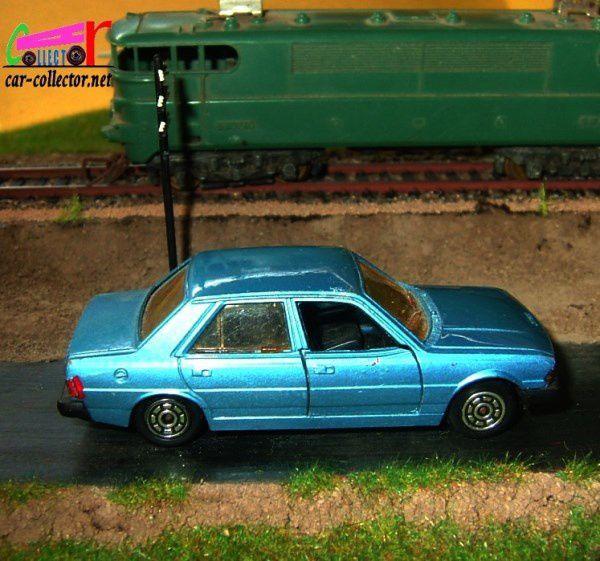 PEUGEOT 305 SR JET CAR NOREV 1/43