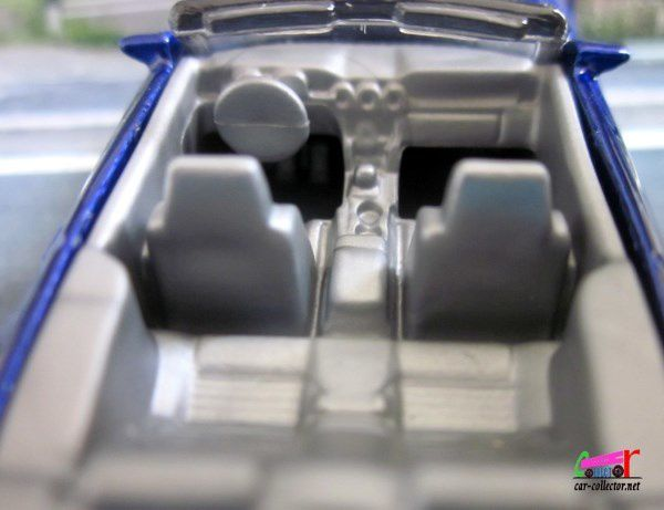 2015 FORD MUSTANG GT CABRIOLET HOT WHEELS 1/64