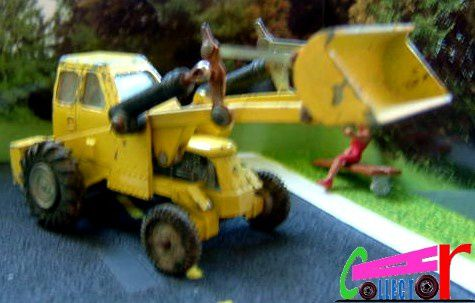 MUIR HILL 2 WL DINKY TOYS