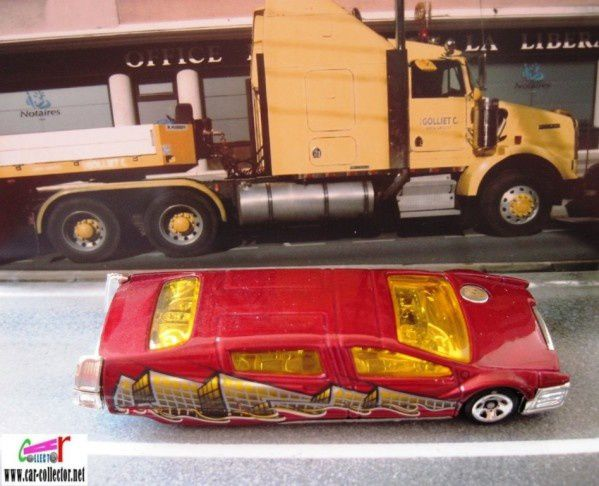 Syd Mead's Sentinel 400 Limo hot wheels 1/64