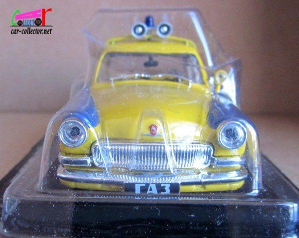 FASCICULE N°2 GAZ VOLGA P21 1957 POLICE CAR 1/43