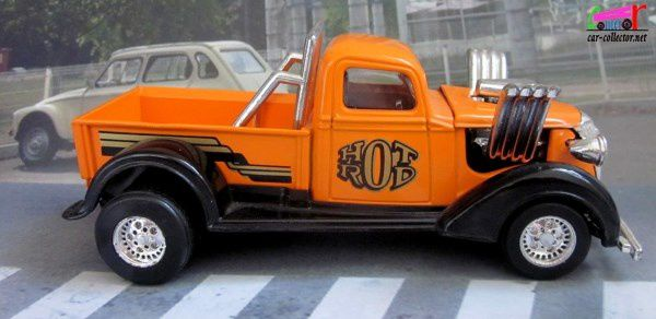 2605. PICK-UP HOT ROD ORANGE MAJORETTE 1/32