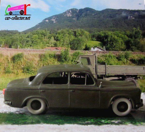 peugeot-403-berline-militaire-les-miniatures-de-norev-1-43