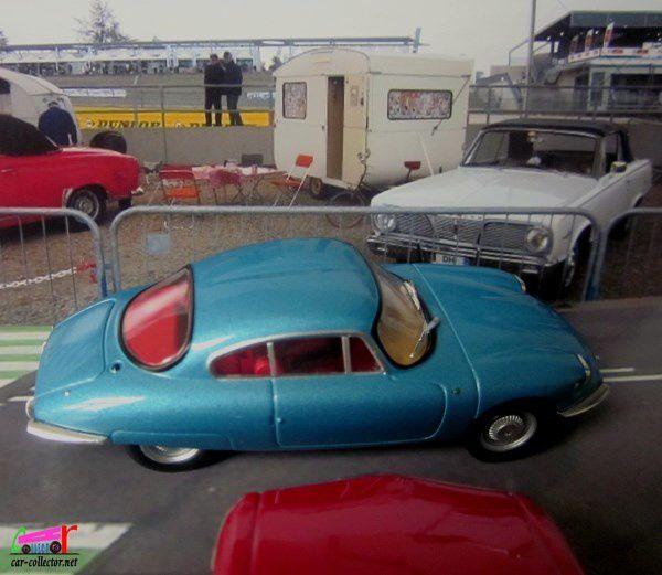 panhard-cd-coach-1962-ixo-1-43-voitures-françaises-d-autrefois-altaya