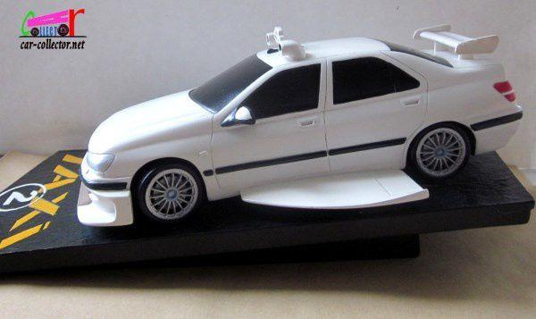 peugeot-406-taxi-2-resine-sculpteur-bombyx-attakus-france