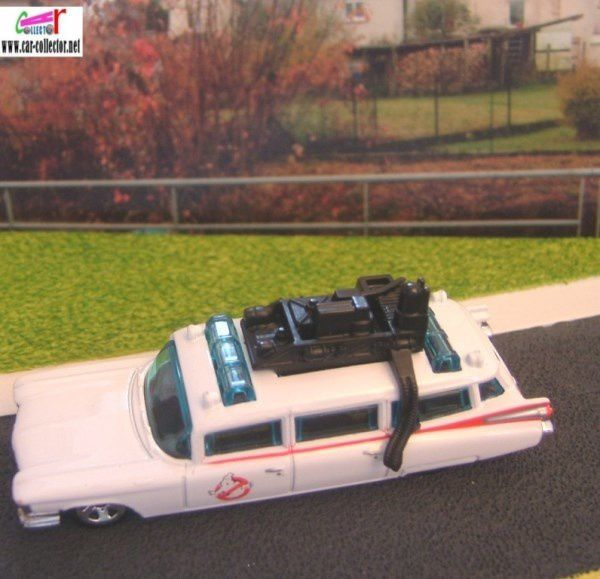 59 CADILLAC GHOSTBUSTERS ECTO-1 HOT WHEELS 1/64