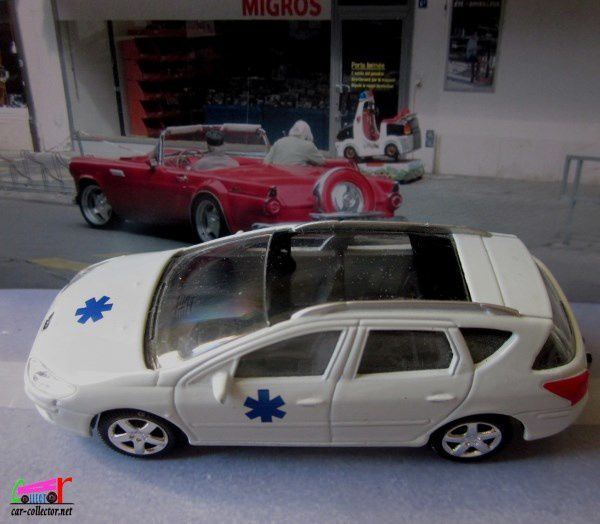 PEUGEOT 407 SW AMBULANCE NOREV 3 INCHES