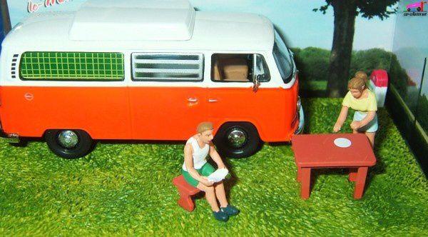fascicule n 36 diorama volkswagen combi camping car rn7 la route bleue car. Black Bedroom Furniture Sets. Home Design Ideas