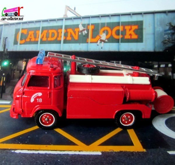 camion-saviem-sg4-pompiers-ps-premiers-secours-toner-gam-solido-camden-lock-angleterre