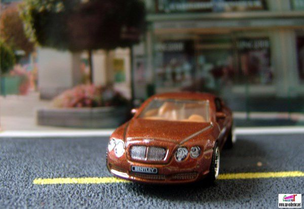 BENTLEY CONTINENTAL GT MATCHBOX 1/64