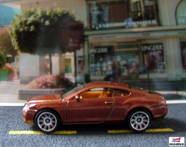 bentley-continental-gt-matchbox-serie-ready-action