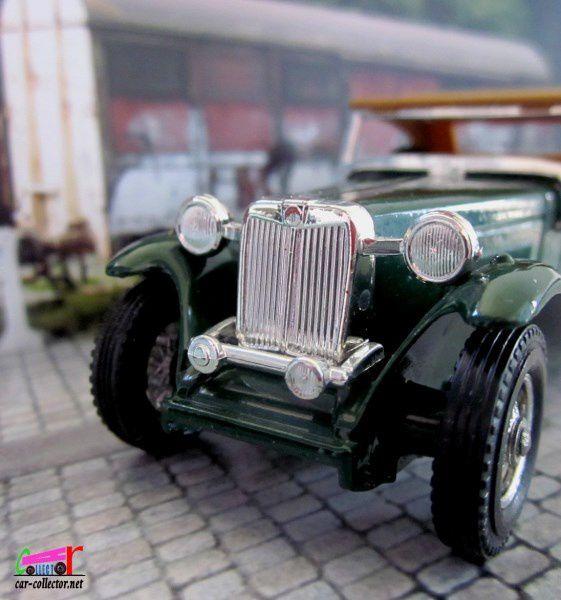 """Y8-4 MG """"TC"""" 1945 MATCHBOX 1/35"""