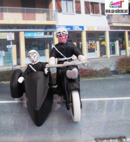 LES MOTARDS POLICE - MINIALUXE 1/32 - MOTO SIDE CAR GENDARMERIE NATIONALE