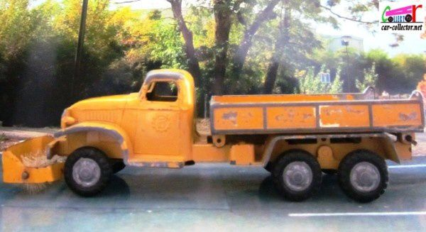 camion-gmc-6x6-citerne-balayeuse-france-jouets-1-60