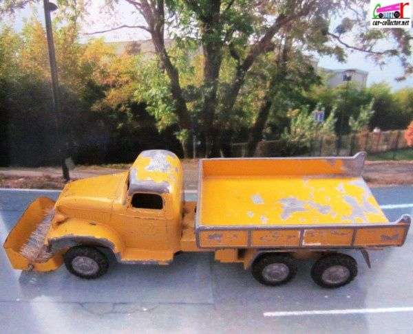CAMION GMC 6X6 CITERNE BALAYEUSE FRANCE JOUETS 1/60