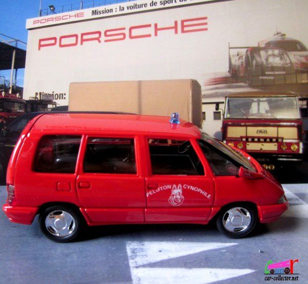 renault-espace-pompiers-peloton-cynophile-solido-today-7189