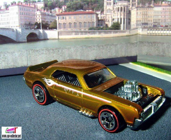 ford-mercury-cougar-xr7-1967-gold-nitty-gritty-kitty-classics-series-hot-wheels