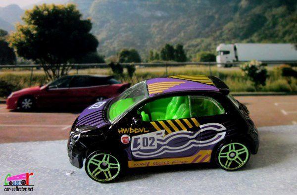 fiat-500-black-2018-daredevils-hot-wheels-1-64