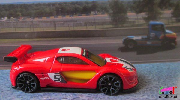 renault-sport-rs-01-rouge-exotics-hot-wheels-1-64