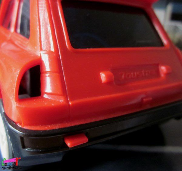 RENAULT 5 TURBO ROUGE JOUSTRA.