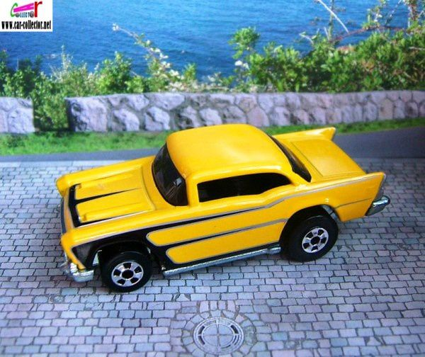 57-chevy-yellow-since-68-2008-hot-wheels-pack-4
