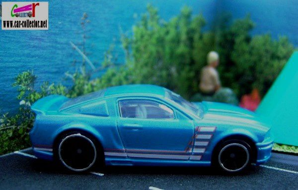 07-ford-mustang-blue-pack-5-2009-mustang-45-hot-wheels
