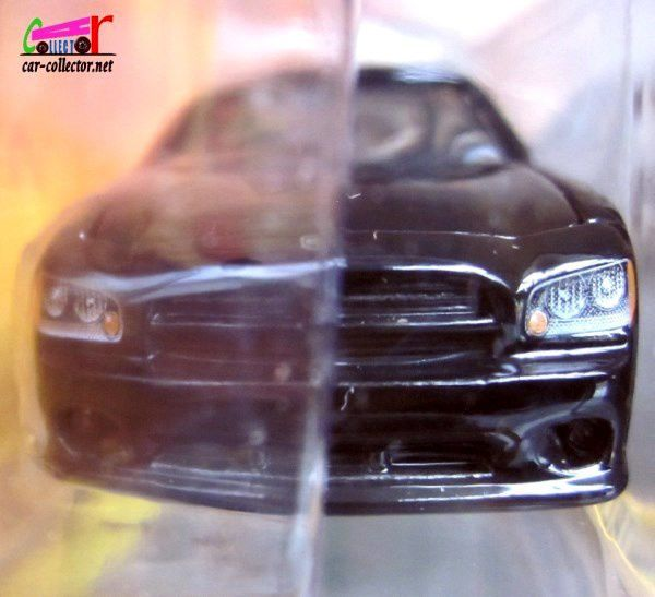 NATALIA'S DODGE CHARGER SERIE TV LES EXPERTS MIAMI GREENLIGHT 1/64.
