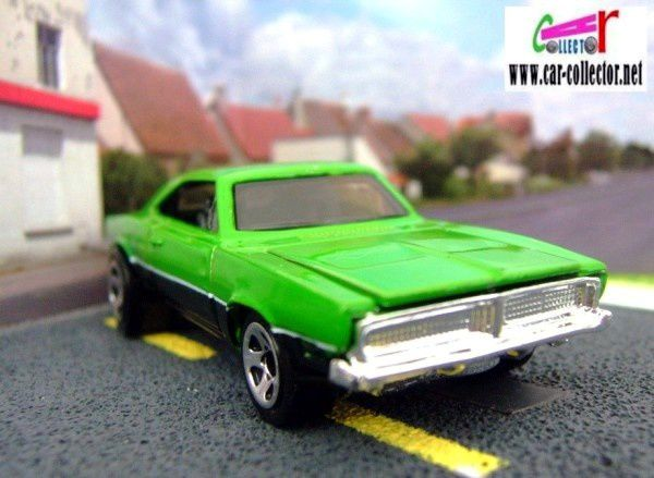 69-dodge-charger-muscle-mania-series-2008-135-hot-wheels