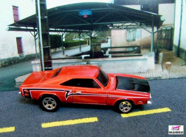 69-dodge-charger-muscle-mania-mopar-hot-wheels-2009-081
