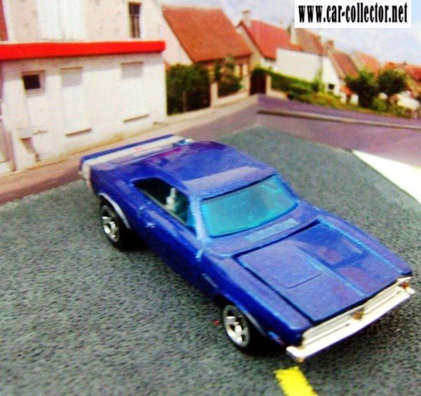 69-dodge-charger-2005-104-muscle-mania-series-hot-wheels