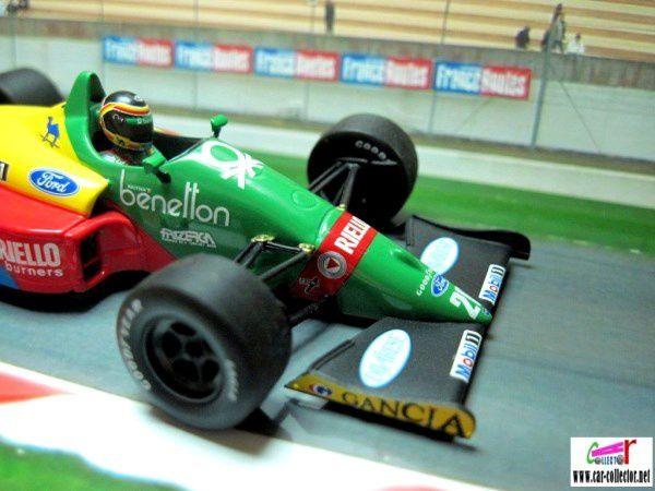 F1 BENETTON FORD B188 1988 THIERRY BOUTSEN MINICHAMPS 1/43.