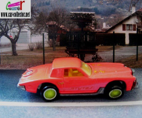 stutz-blackhawk-california-custom-1991-hot-wheels