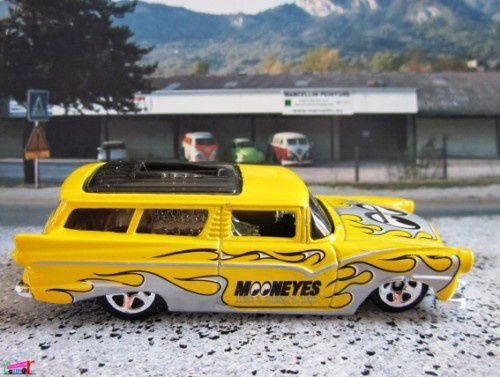 8-crate-ford-fairlane-wagon-1956-moon-eyes-2012-148-hot-wheels