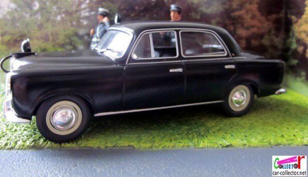 diorama-peugeot-403-1951-scene-controle-de-vitesse-gendarmerie-police-saint-pierre-le-moutier-moulins-rn7-altaya