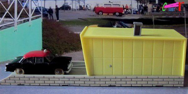 garage-dinky-toys-meccano-porte-a-ouverture-automatique-box-502-dinky
