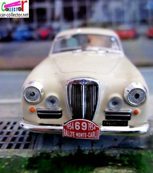 FASCICULE N°47 LANCIA AURELIA GT RALLYE MONTE CARLO 1954 IXO 1/43.