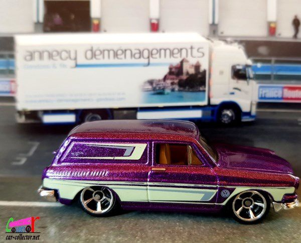 custom-69-volkswagen-1600-squareback-purple-hot-wheels-1-64-2019-137