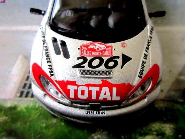 FASCICULE N°64 PEUGEOT 206 WRC 2003 RALLYE MONTE CARLO IXO 1/43.