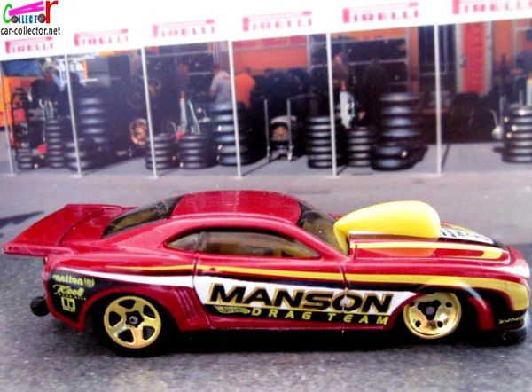 10-pro-stock-camaro-red-chevrolet-camaro-pro-stock-dragster-hot-wheels-2011-121-drag-racers-series