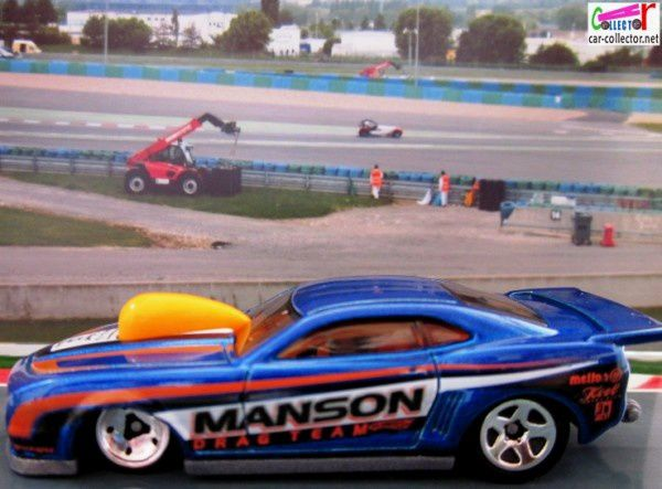 10-pro-stock-camaro-blue-chevrolet-camaro-pro-stock-dragster-hot-wheels-2011-121-drag-racers-series