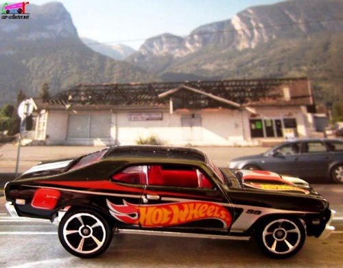 68-chevy-nova-black-hot-wheels-chevrolet-nova-1968-racing-series-2012-171