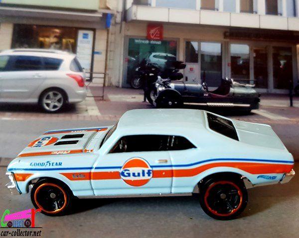 68-chevy-nova-gulf-hot-wheels-chevrolet-nova-1968-gulf-speed-graphics-series-2019-067