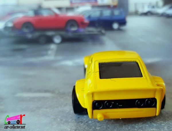 NISSAN FAIRLADY Z HOT WHEELS 1/64.