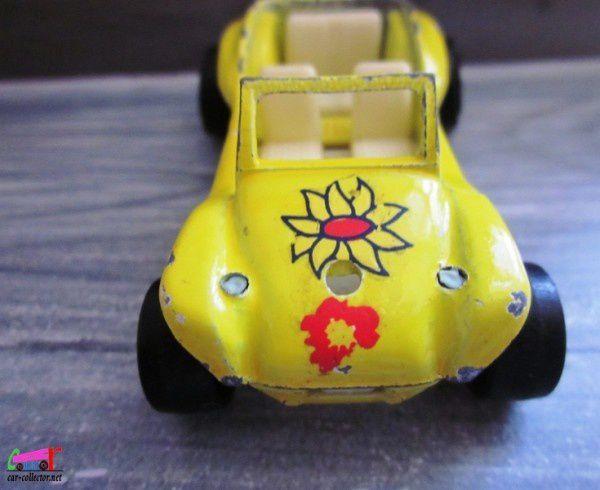 dune-buggy-majorette