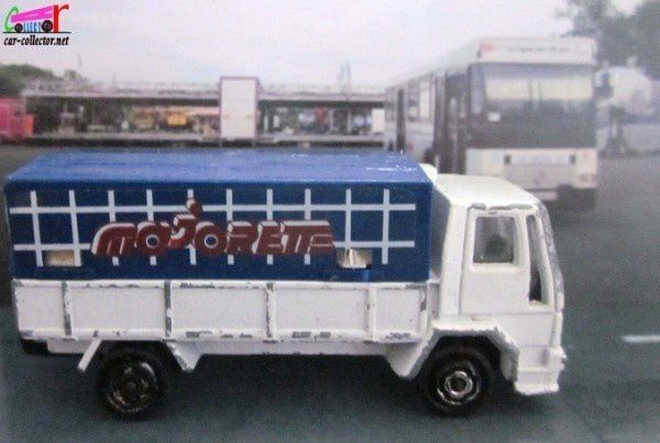 camion-ford-majorette