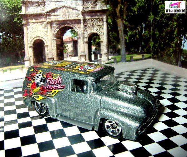 56-ford-f-100-grey-flash-photoman-work-crewsers-series-2003-145-hot-wheels