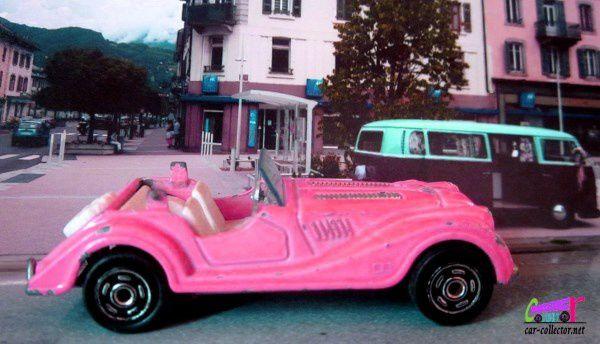morgan-cabriolet-rose-majorette-made-in-france-1-50-pink-morgan