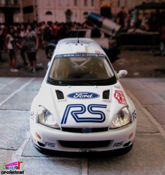 FASCICULE N°126 FORD FOCUS RS WRC01 MONTE CARLO 2001 IXO 1/43.