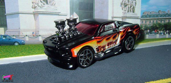 1968-ford-mustang-tooned-5-packs-mustang-2007-hot-wheels-dragster-mustang-black